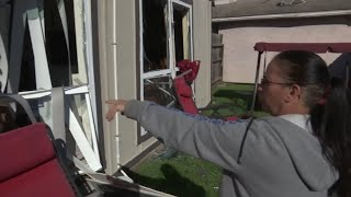Deadly blast wrecks homes in Houston
