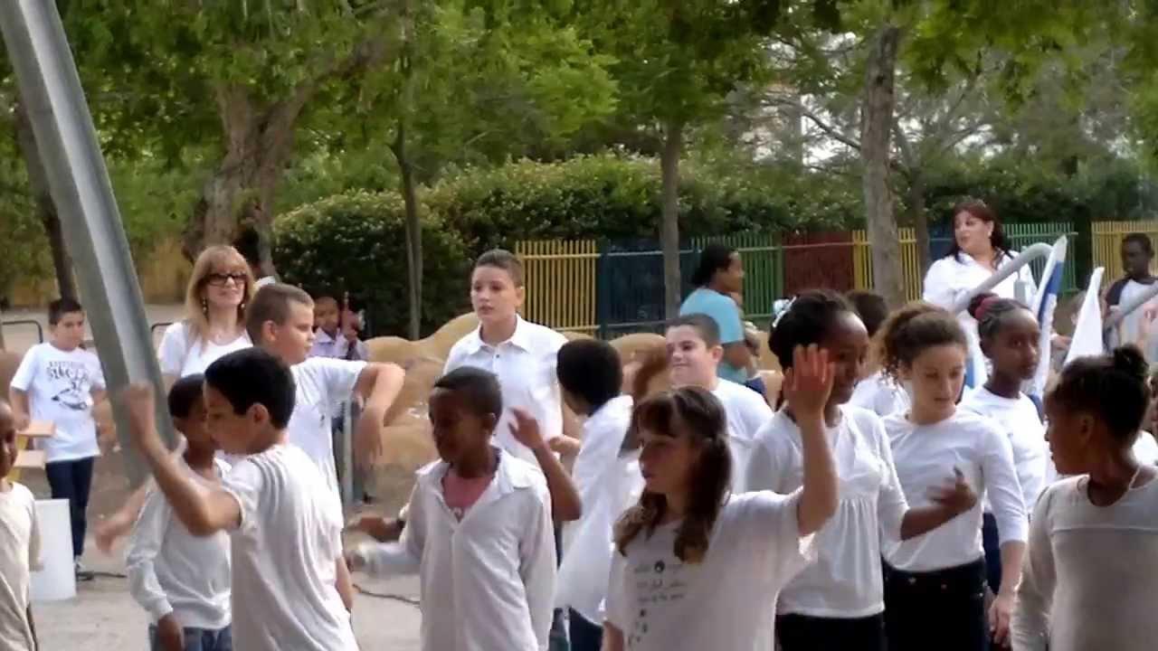 טוב מאוד מסיבה בבית ספר פסגות 20.05.2013 - YouTube BD-22
