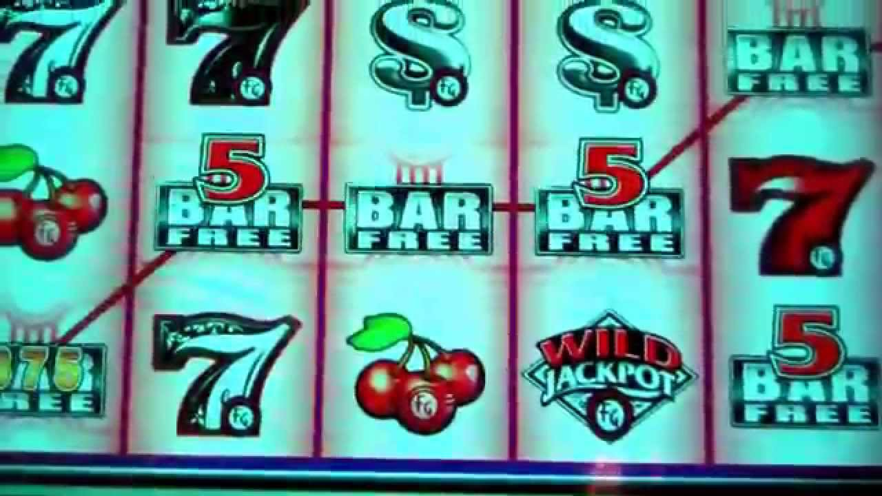 Quick Hit Platinum Black & White 7s Slots - Play for Free Now