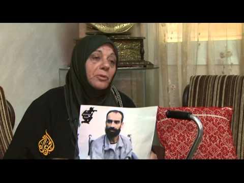 Palestinian prisoner ends hunger strike