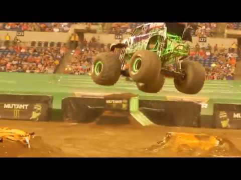 2017 Indianapolis Monster Jam - Grave Digger