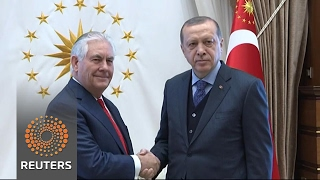 U.S's Tillerson seeks to keep focus on Islamic State in delicate Turkey visit