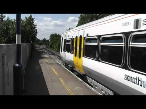 (HD) Various Passenger & Freight Services At Nunhead Station