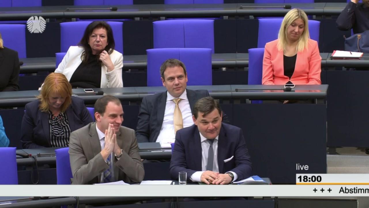 Sönke Rix: Ausbau der Kindertagesbetreuung [Bundestag 27.04.2017 ...