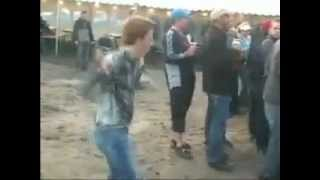 Rotkopf dancet richtig ab!! Hahahahah