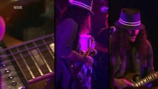 Brant Bjork live in Cologne - 03 - Low Desert Punk.mp4