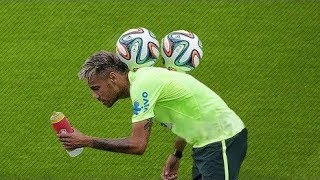 RajaGol. ⚽ Crazy Football Freestyle ft. Ronaldinho 36ce31901f0a0