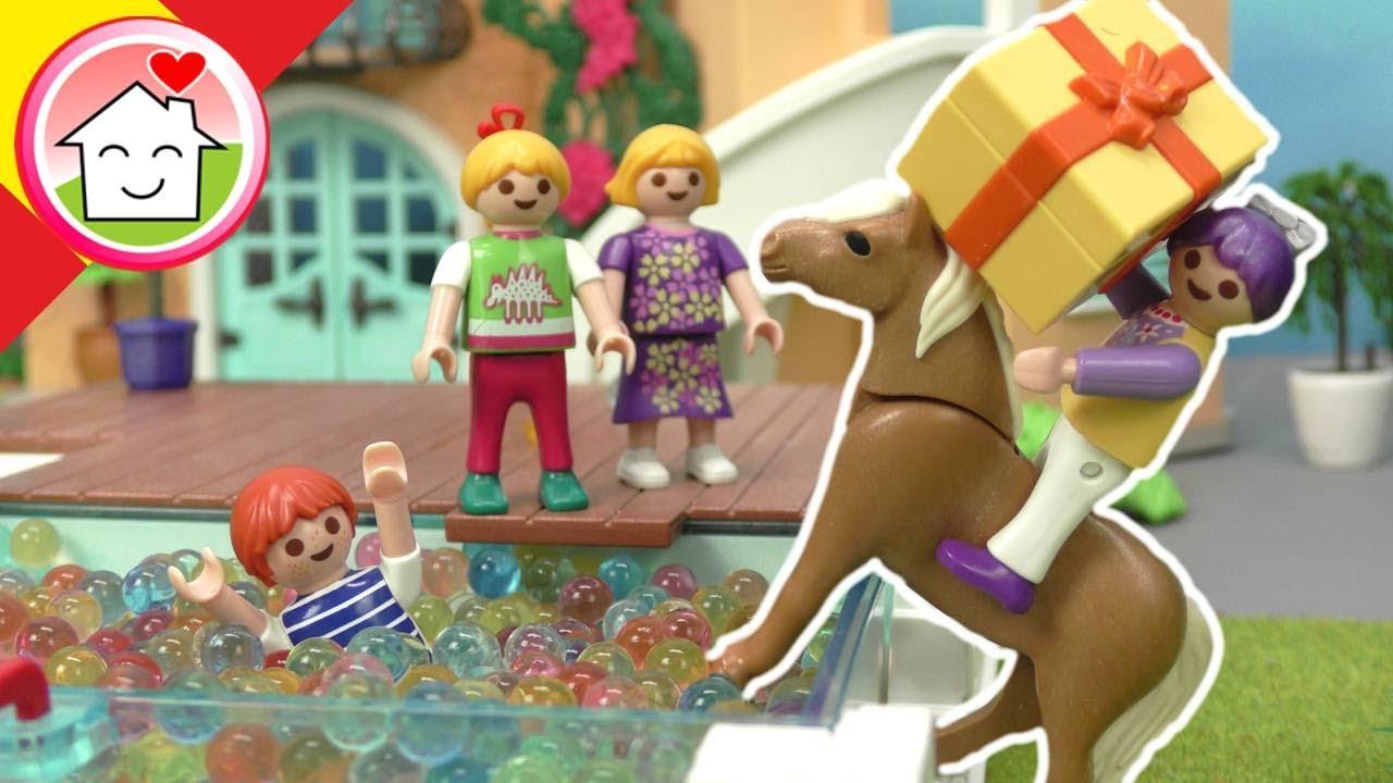 Playmobil en español La fiesta de cumpleaños de Rosabella - La Familia Hauser