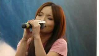 [041009] 徐佳莹首张创作专辑新加坡签唱会 - 失落沙洲