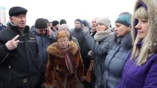 Митинг против налога на тунеядство в Витебске(В Витебске на акцию против налога на тунеядство пришло 200-250 человек. Среди собравшихся были и работающие..., 2017-02-19T14:40:32.000Z)