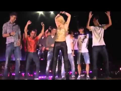 Shakira - Suerte (Whenever, Wherever) Live On Stage with Gerard Pique y Barca Players
