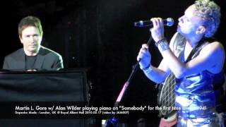 "Depeche Mode - Alan Wilder playing piano on ""Somebody"" London @ Royal Albert Hall 2010.02.17 in HD"