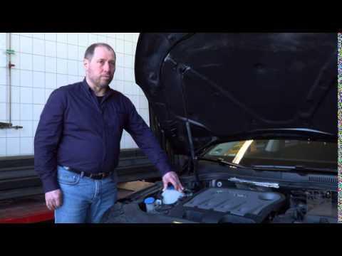 Der richtige Cocktail für den Motor / ADAC: Kühlflüssigkeit sollte regelmäßig kontrolliert werden