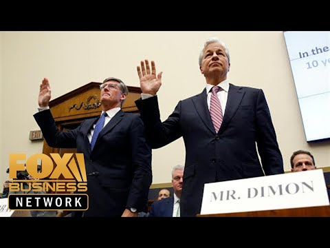 Free Download Waters Failed To Pin Student Loan Crisis On Bank Ceos During Hearing Mp3 dan Mp4