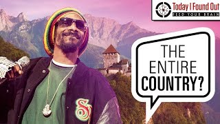 That Time Snoop Dogg Tried to Rent an Entire Country