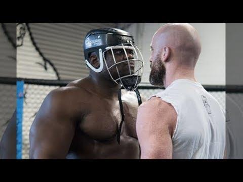 Bodybuilder Blessing Awodibu Vs SBG Fighter Peter Queally in MMA