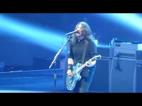 "Foo Fighters - Full Show, Live at The Richmond Coliseum on 10/14/17, ""Concrete and Gold"" Tour"