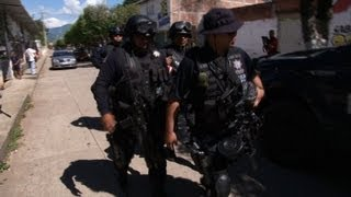 Mexican town in a state of siege against drug cartel
