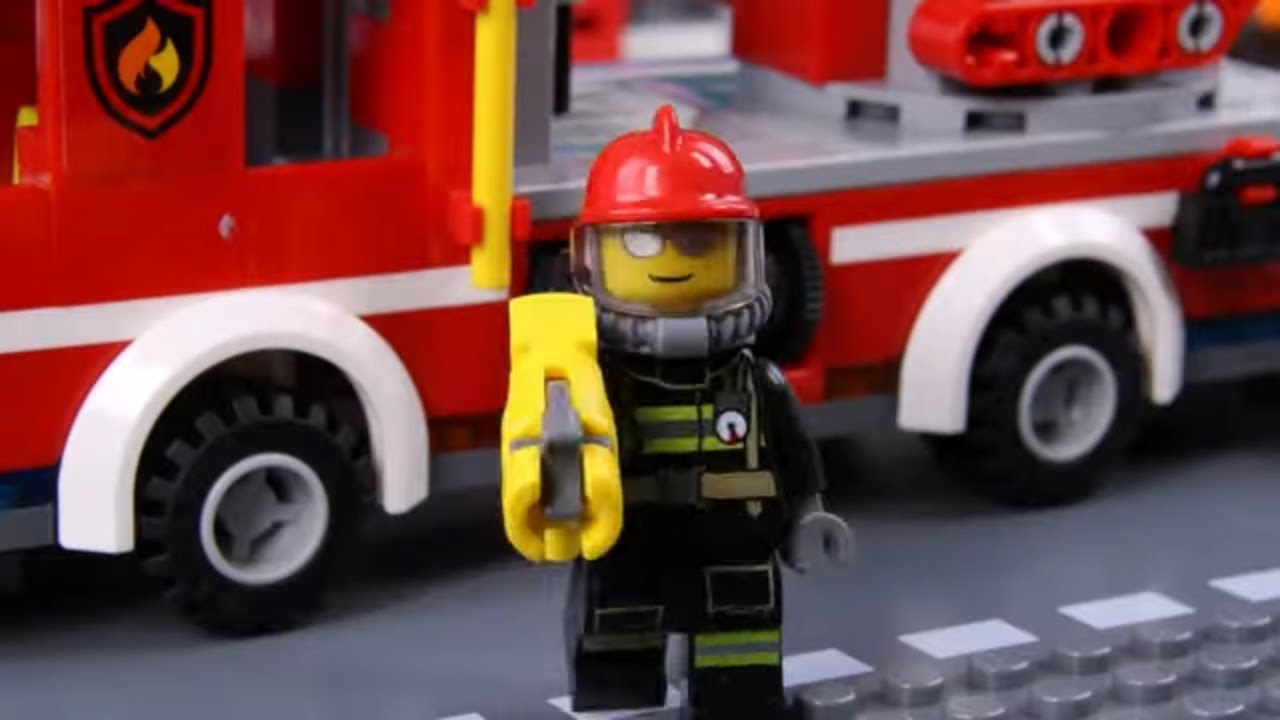 Billy the Firefighter to the Rescue!!?   LEGO City Firetruck Fail   Billy Bricks Stop Motion