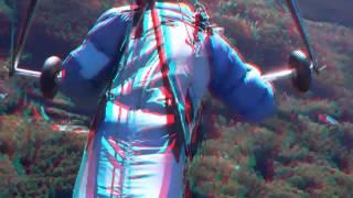 紅葉の足尾山西斜面の空撮です。右青左赤のフィルターを用いてください。