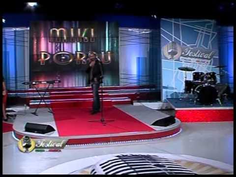 """Miki Porru al Festival Italia in Musica con """"L'indolenza"""" nella puntata n. 24 del 10 marzo 2012"""
