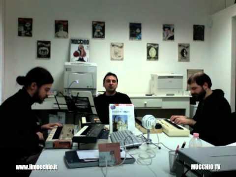 Offlaga Disco Pax - Lungimiranza (live @ MUCCHIO TV)