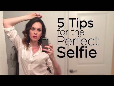 The Five Best Selfie Tips To Look Your Hottest