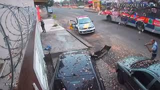 Vídeo flagra acidente após tentativa de fuga da polícia e perseguição. Assista!