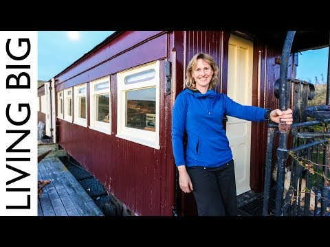 Old Railway Carriage Converted Into Stunning Off-Grid Home