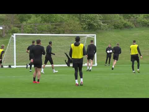 Lovely finish by midfielder Willem Tomlinson in training for Mansfield
