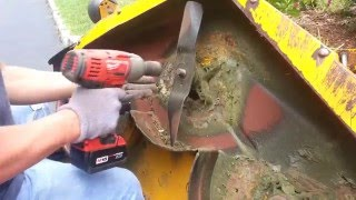 how do i remove and change blade on cub cadet mower removing the blade from lawnmower