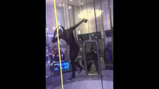 Россиянин стал чемпионом мира по танцам в аэротрубе(, 2016-01-28T17:18:09.000Z)