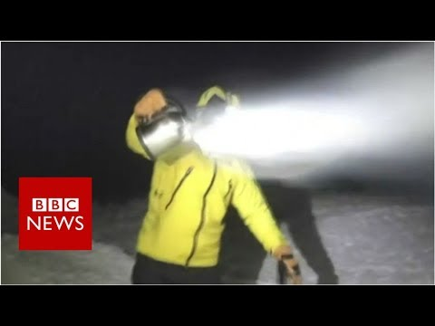 Making instant snow out of boiling water  - BBC News