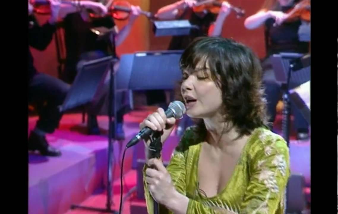Hd Bjork Bachelorette Jools Holland 1997