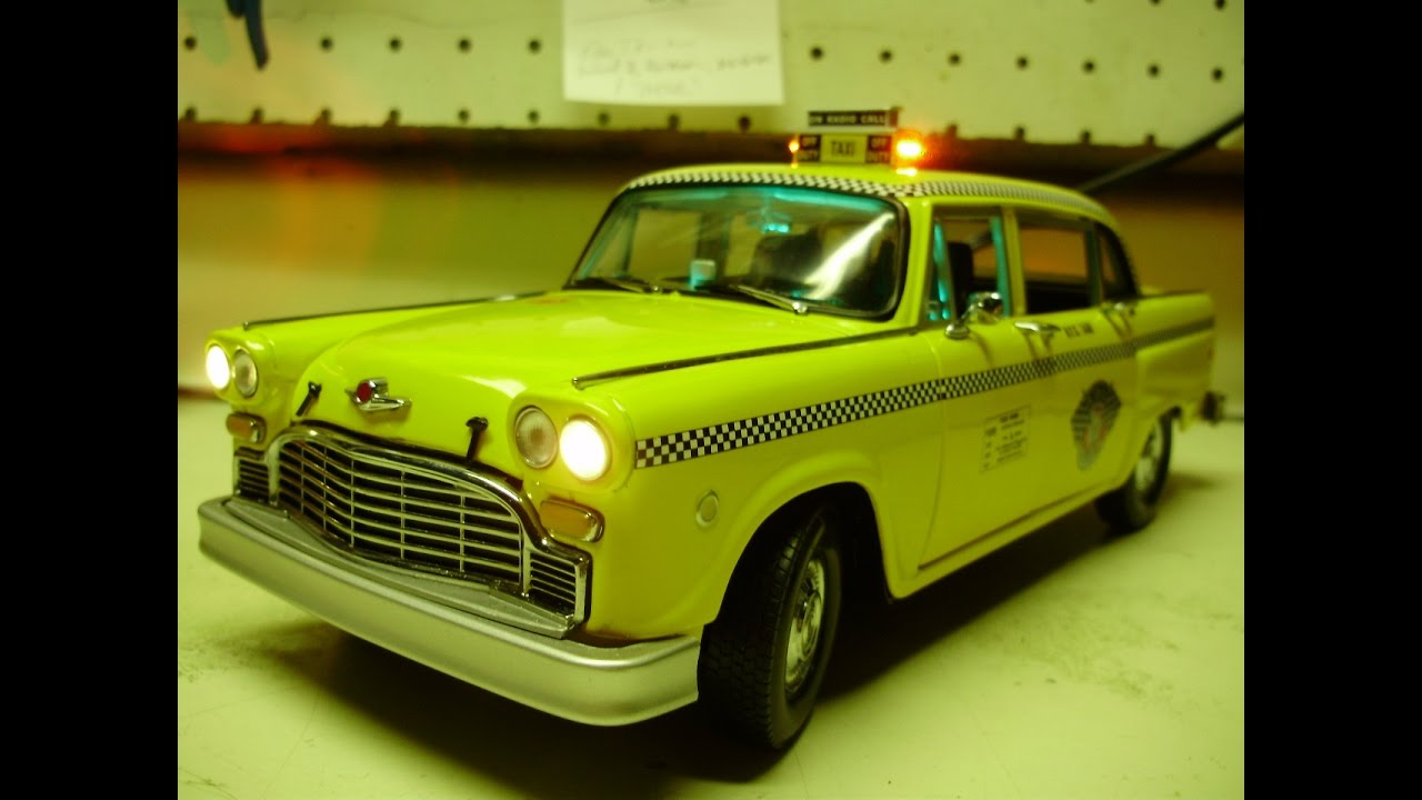 Checker Cab London >> Custom 1:18 scale CHECKER CAB TAXI Marathon diecast model ...