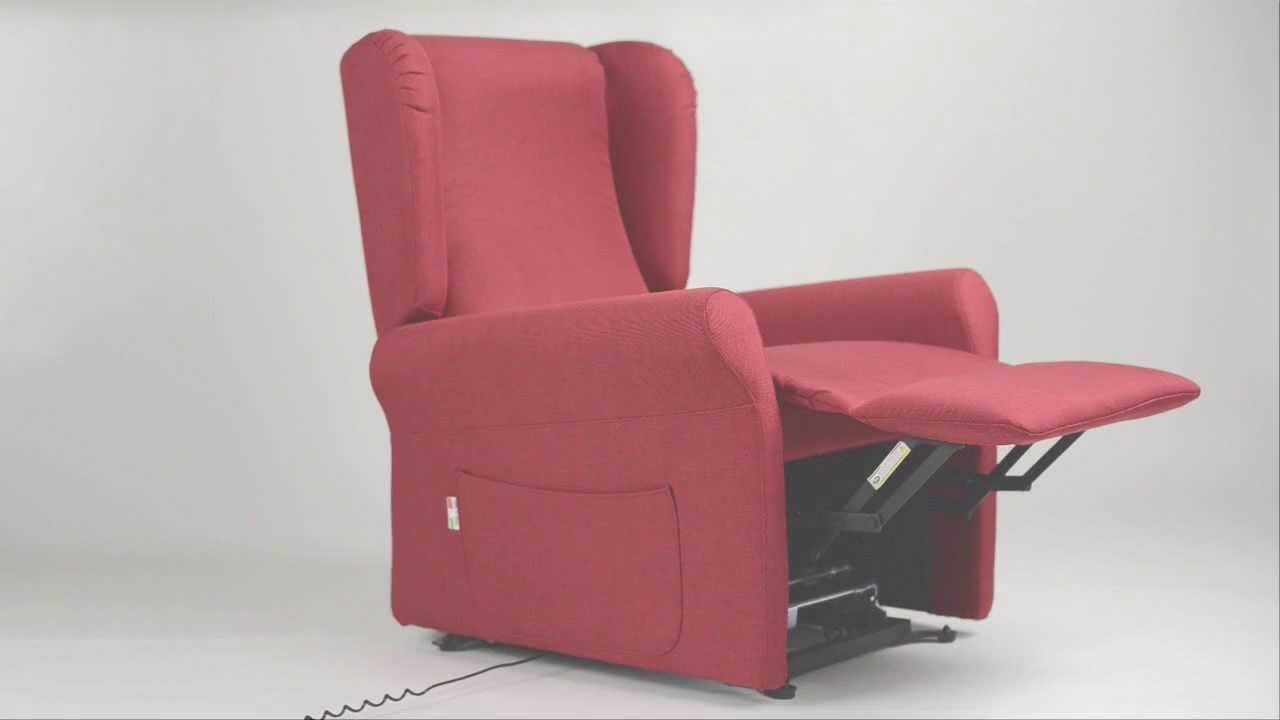Poltrone relax alzapersone con 2 motori by ipoltrona youtube for Poltrone max relax