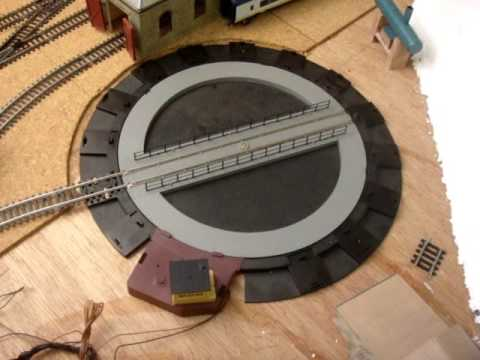 How a Hornby DCC Turntable Works