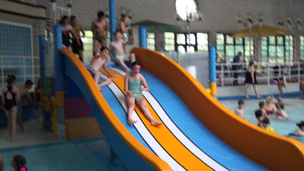 Hippo leisure multi slide youtube for Windsor swimming pool with slides
