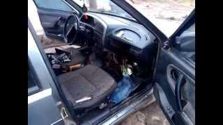 видео Замена радиатора печки ВАЗ 2114 своими руками, как снять и поменять