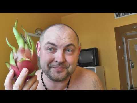 Таиланд Патая отель Амбассадор пробуем фрукты