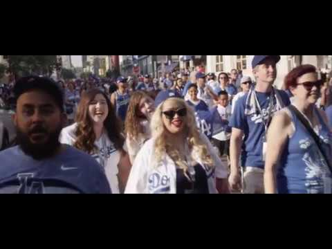 Dodgers fan group, Pantone 294, travels to San Diego | Los Angeles Times