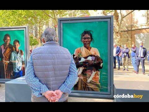La exposición de Cristina García Romero muestra su visión de las zonas más pobres de la India