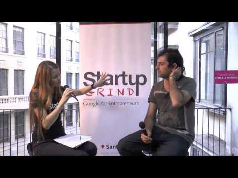 Julian Ugarte (Socialab) at Startup Grind Santiago