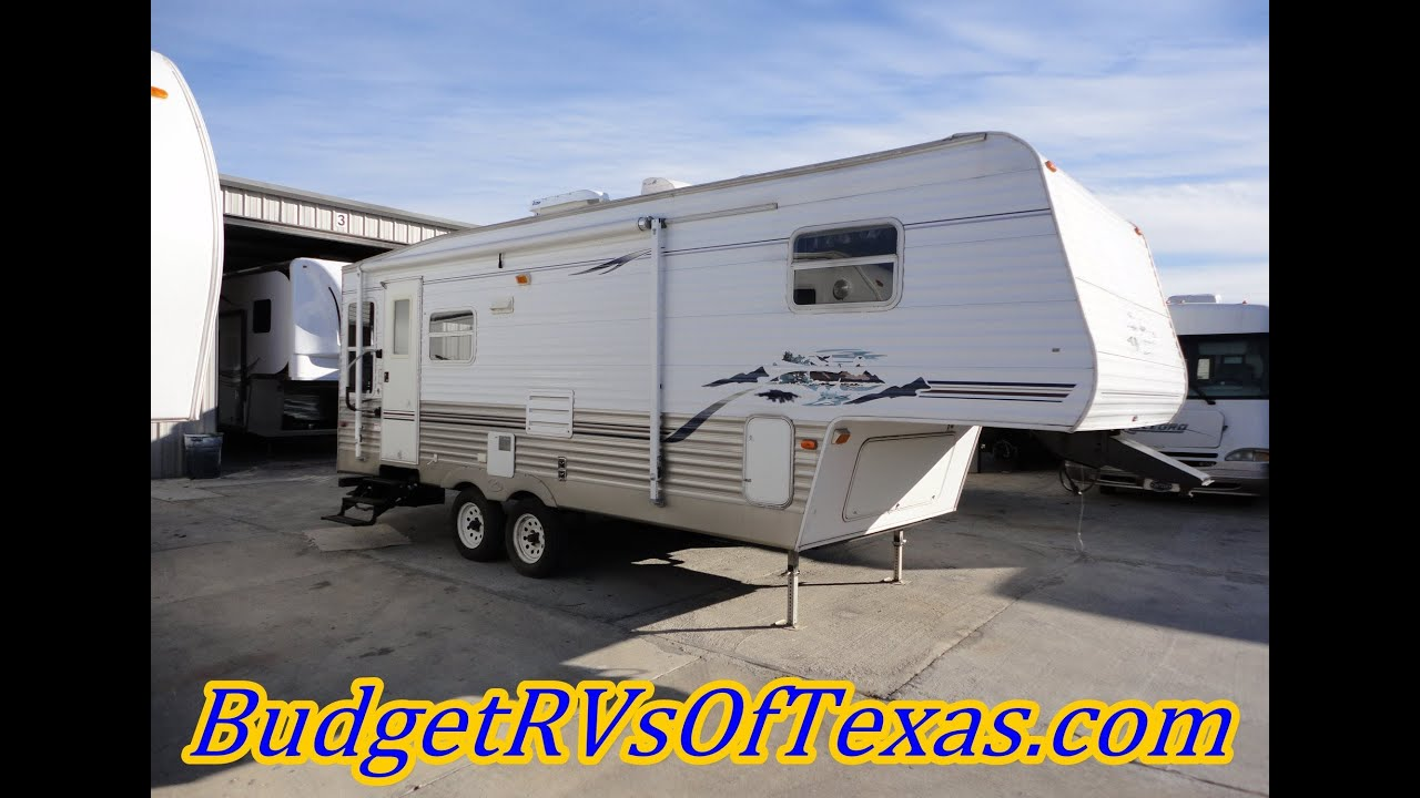 Lets Go To The Lake 2005 25ft Springdale 5th Wheel Sleeps