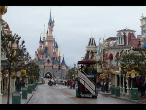 Main Street U.S.A. - Music loop - Disneyland Paris