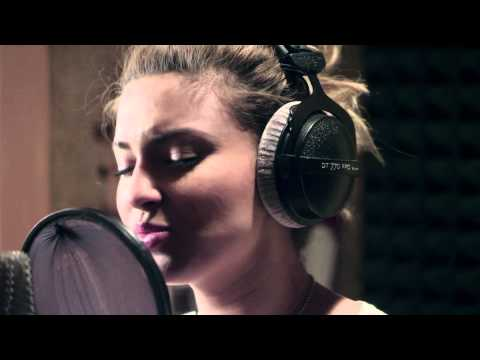 Tori Kelly- Confetti Official Music Video (In Studio) + Lyrics