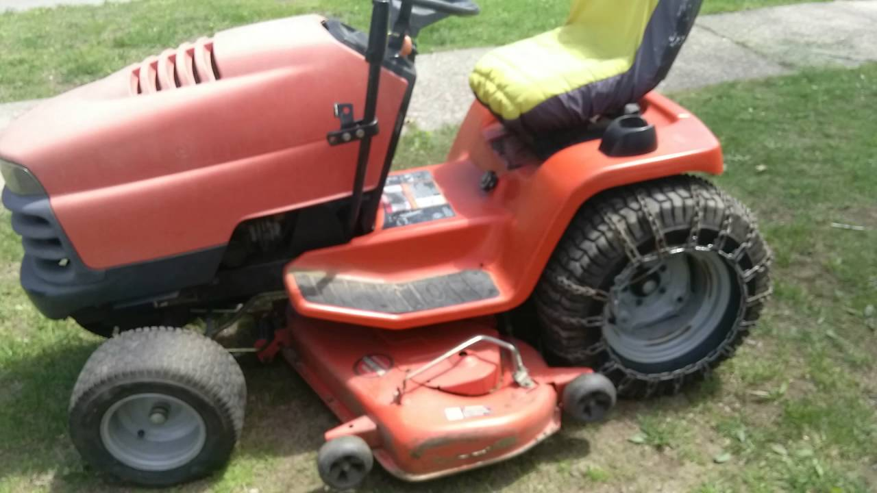 Scotts S2348 Riding Mower For