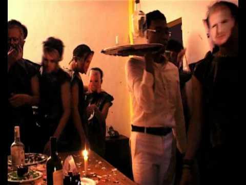 "DISKO PLASTIK. Plastic Disco (Gelar Agryano S. & Mirza Jaka S. | 2008 | 22' 40"" | English subtitles)"