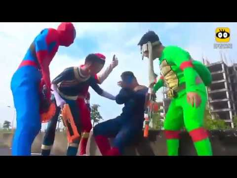 Spider-man wars: skull and bones, ice and snow, queen elsa, princess sasha and funny spider-man