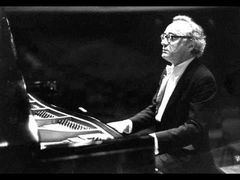 Brendel plays Beethoven Piano Sonata No.3, Op.2 No.3 (1/3)
